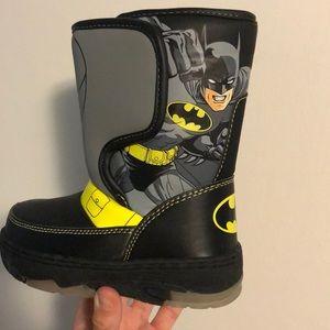 Batman Shoes   Toddler Boys Size 8 Snow